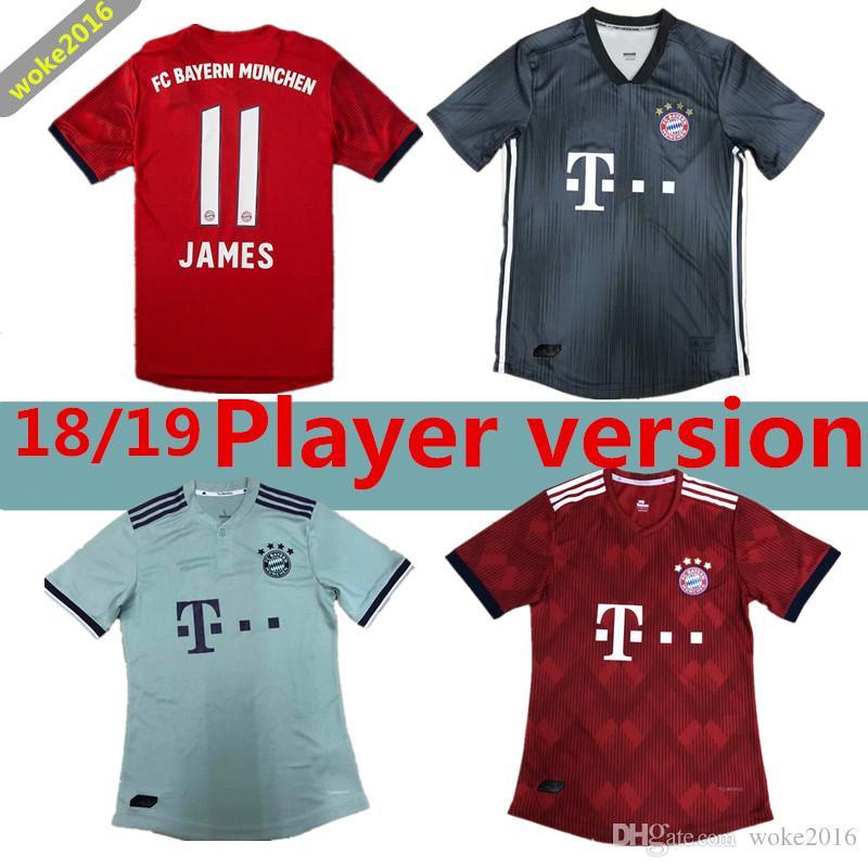 Versión De Jugador 2019   25 Uniforme De Fútbol MULLER 18 19 Camiseta De  Fútbol Roja Local Personalizada JAMES LEWANDOWSKI Bayern Munich Camiseta De  Fútbol ... 294e5dcf04de6