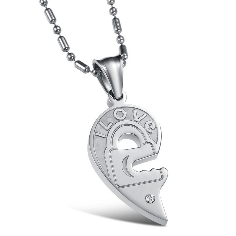 Moda Valentine bloqueo de regalo y las parejas clave Collares Negro Blanco de titanio de acero inoxidable colgante de corazón para las mujeres de los hombres OGX845