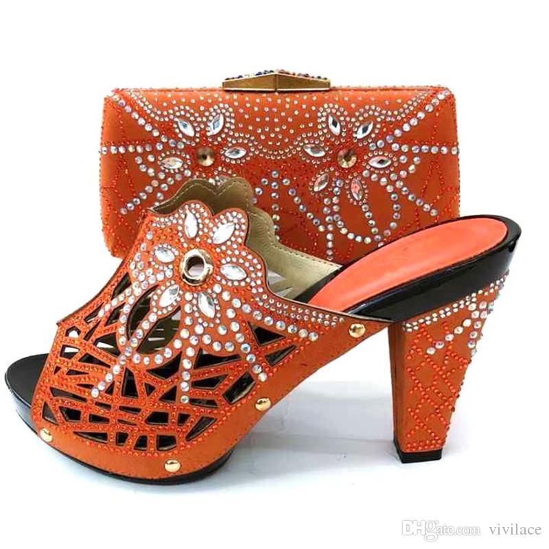 timeless design b8902 4e6cd Neuestes Design italienische Schuhe mit passender Tasche 2019 Schuhe Frau  High Heel Hochzeit Schuhe Schuh und Tasche Set mit mm1074 verziert