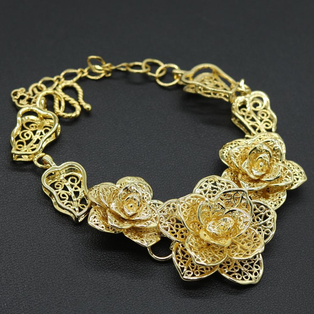 99c8724594aa Filigrana 3-Flower Pulsera para mujer de la cadena de la muñeca 18k oro  amarillo lleno sólido joyería del banquete de boda Hermoso regalo todos los  ...