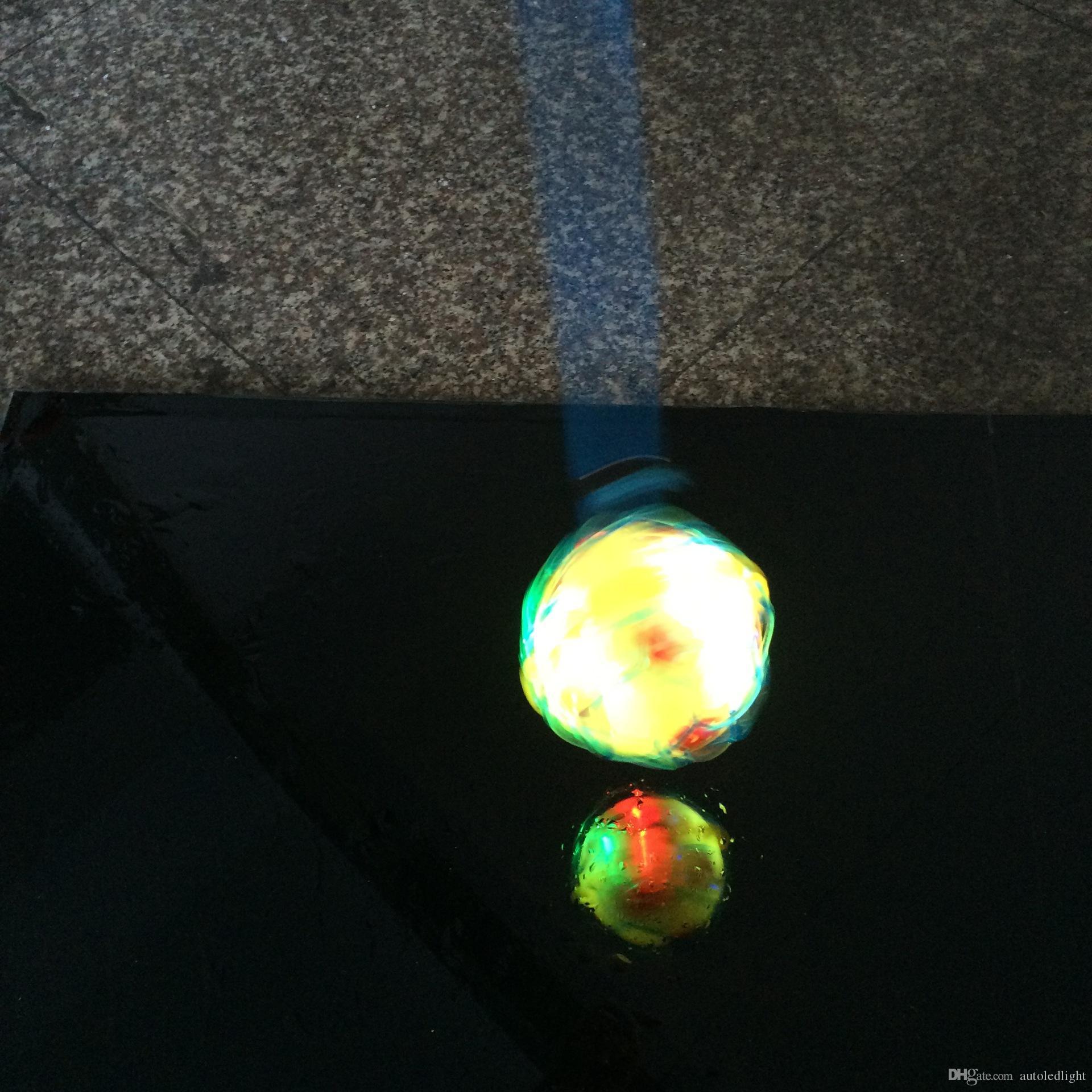 En gros LED Light Dance Saut Football Musique Football Bouncing Dancing Ball Enfants Drôle Jouet Crazy Magic Balls