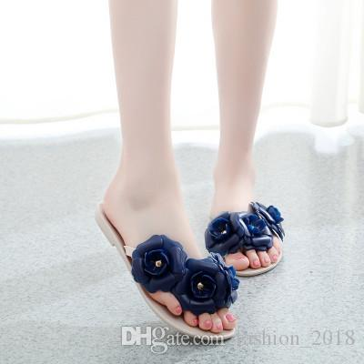 7bf6b382b672 2018 Summer New Camellia Slippers Women Crystal Flower Flip-Flops Sandals  Flat Jelly Shoes Sandals Online with  20.96 Piece on Fashion 2018 s Store  ...