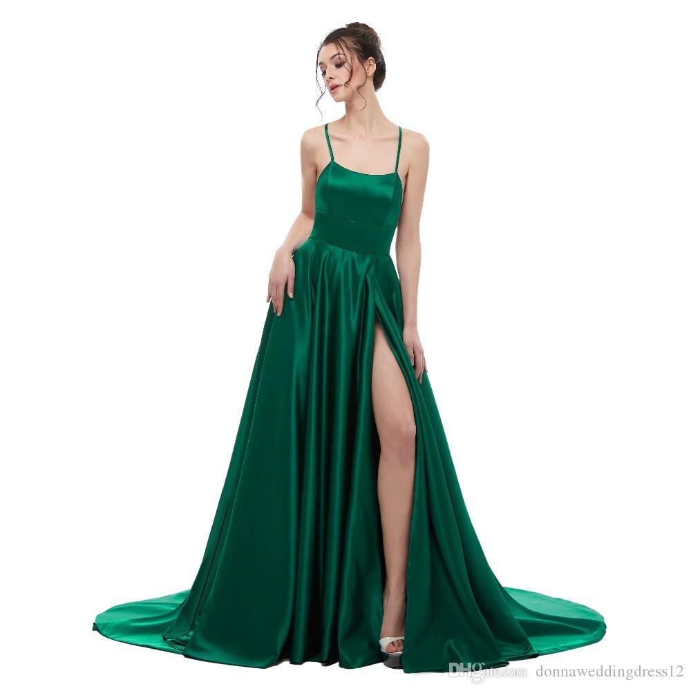 f4f882970 Compre Vestido De Noche Largo Sin Espalda Verde Sexy 2018 Vestido De Fiesta  Largo De Raso Con Tirantes De Espagueti Vestido De Fiesta Largo Del Lado De  ...