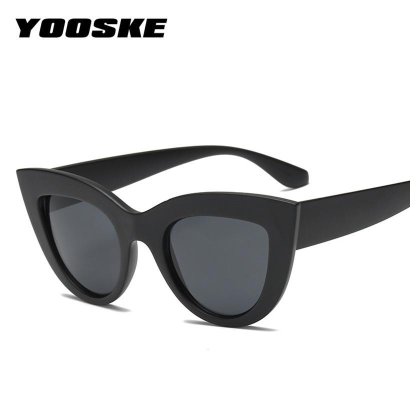 Compre Yooske Retro Olho De Gato Óculos De Sol De Plástico Para As Mulheres  Cateye Estilo Óculos De Sol Do Vintage Famosa Marca Designer Uv400 Shades  ... f33c602122