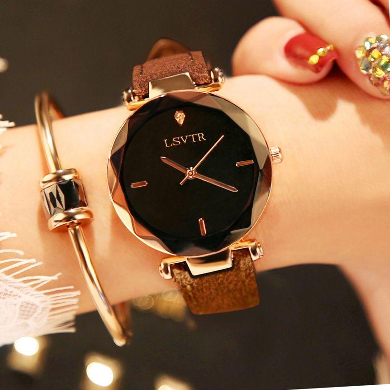 9cfb8a1e462 Compre Top De Luxo Da Marca De Moda De Nova Mulheres De Vidro Sem Moldura Relógio  Feminino De Corte De Diamante Relógio De Pulso De Quartzo De Couro Relógio  ...