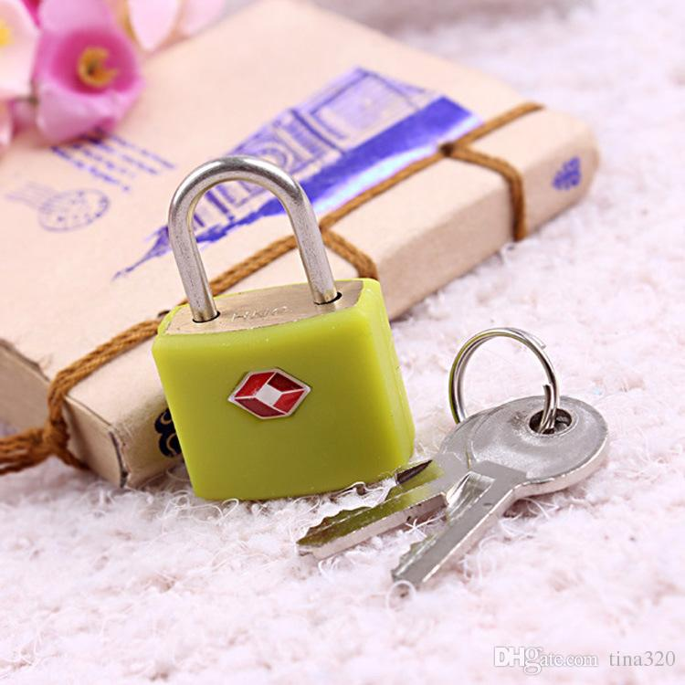 Vente chaude 39 * 21 * 14mm haute qualité douane lock ménage serrure à clé voyage en plein air petit cadenas serrure en cuivre T3D0142