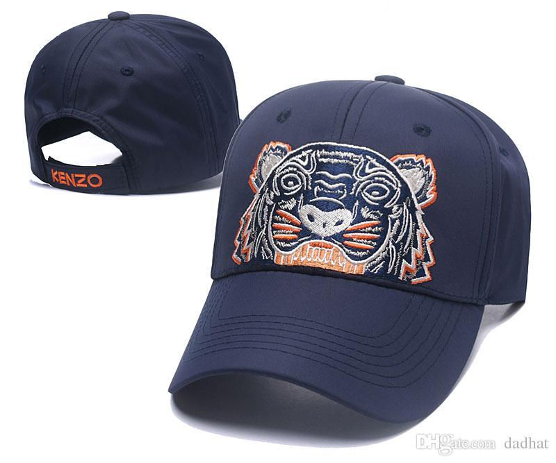 Compre Diseñador 2018 Para Hombre Gorras De Béisbol Nueva Marca Tiger Head  Sombreros De Oro Bordado Hueso Hombres Mujeres Casquette Sombrero Para El  Sol ... feb4a19a77c