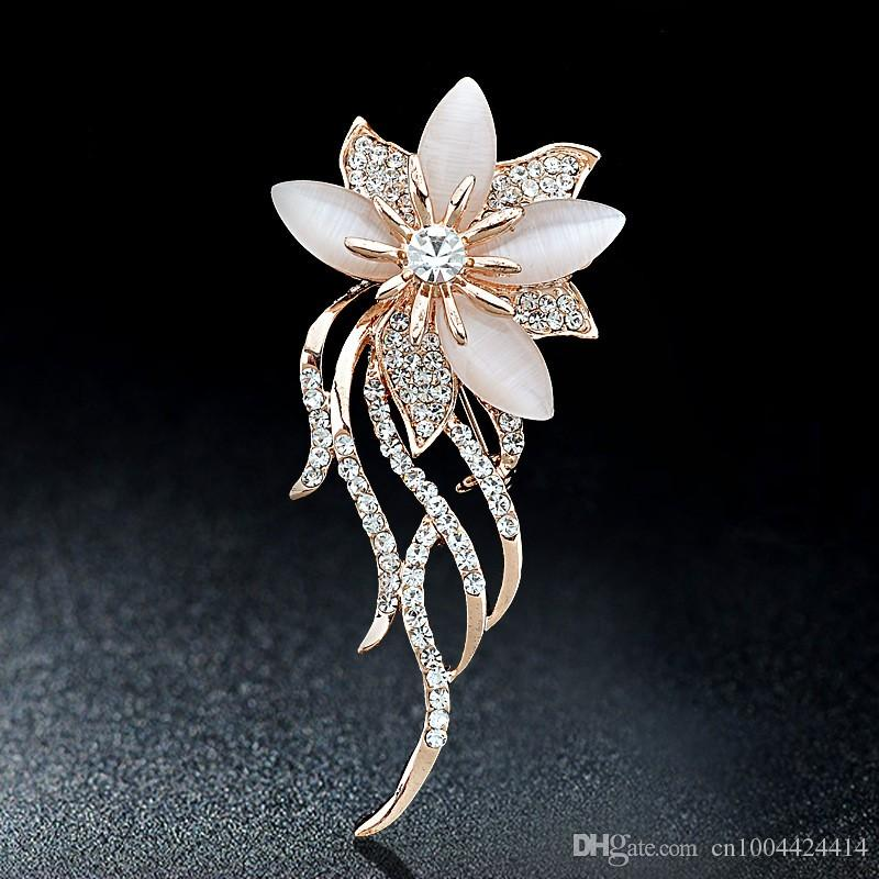 New Arrival High Quality Opal Stone Flower Brooch Gold Alloy Stunning Clear Crystals Hijab Wear Pins Hot Selling Elegant Woemen Lapel Pins