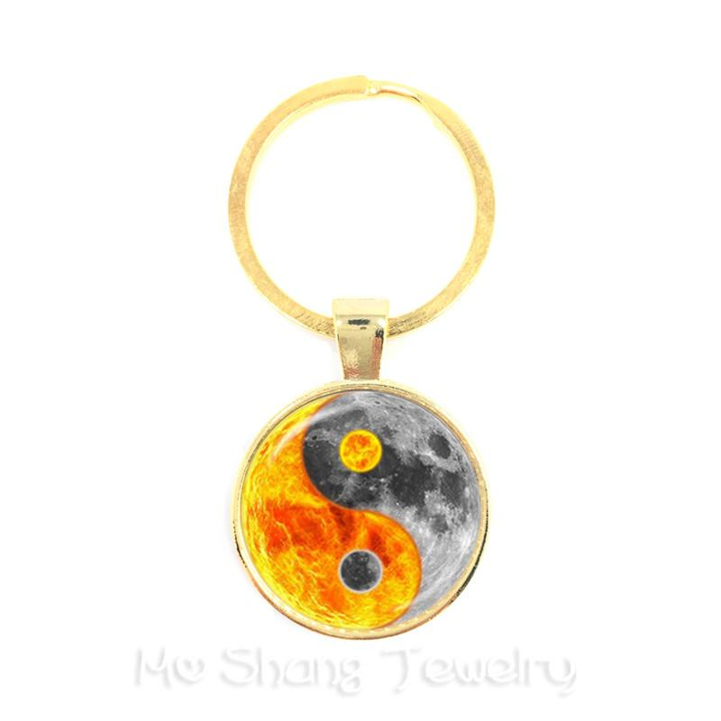 Black and White Yin Yang Symbol Jewelry Glass Dome Keychains Taoism  Buddhism Spiritual Yin-Yang Harmony Keyring