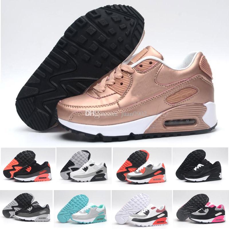d13a88bc520 Compre 2018 Nike Air Max 90 Moda Infantil Respirável Clássico 90 Sapatos De  Couro Com 8 Cores Crianças Boa Qualidade Sapatos Para Meninos Designer Frete  ...