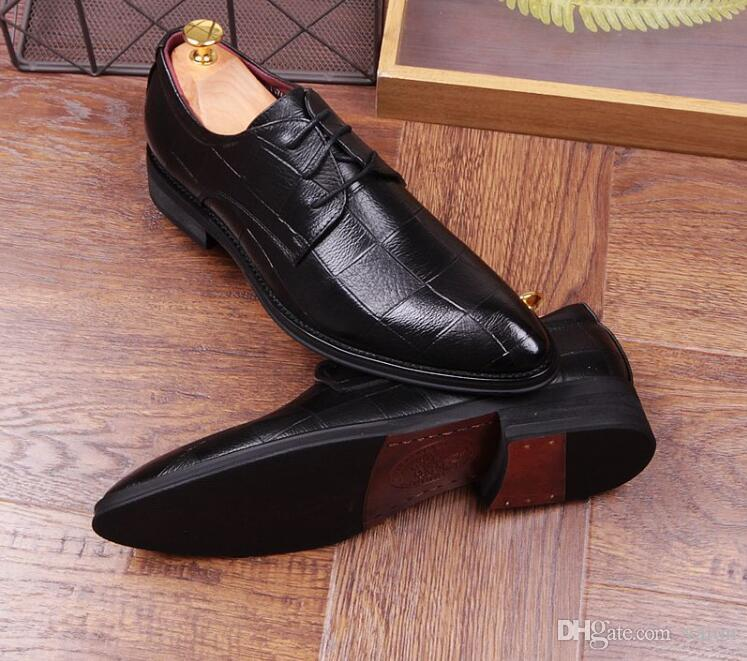 2018 luxury Designer grid style Flat pointed Oxford shoes Groom wedding Party Sapato Social Masculino Homecoming Shoes Drop shipping