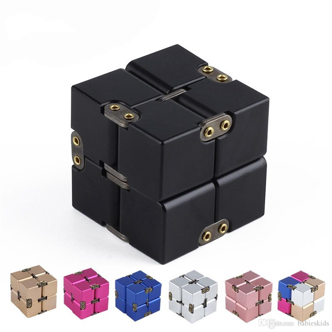 2018 New Creative Novelty Gifts For Adult Kids Luxury Cube Mini For Stress Relief Anti Anxiety Stress Funny Decompression Toy