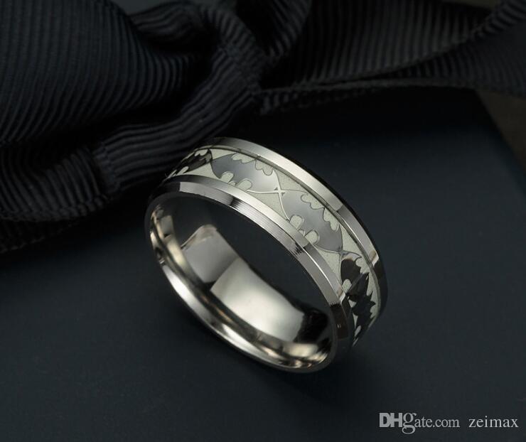 Mens Ring Leucht Batman Ringe für Männer Schwarz Gold Silber Edelstahl Frauen Ringe Glow In The Dark Männlich Ring Schmuck