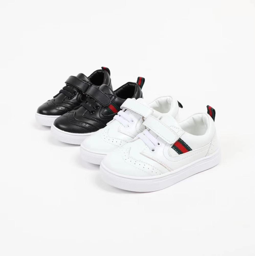 19f18962e682c Acheter A 2018 Automne Nouveau Modèle Garçon Et Fille Bref Plat Décontracté  Chaussures Blanc Noir Enfants Véritable Cuir Simple Chaussure Sneakers De  $56.86 ...