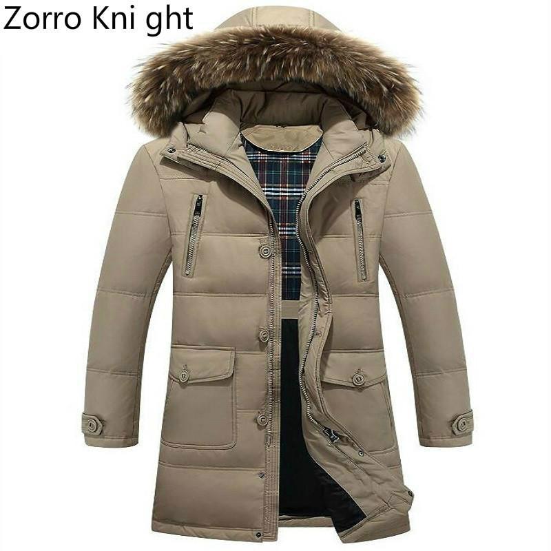 22c41293cb Zorro Kni ght Abbigliamento di marca Giacca invernale Uomo Moda Inverno  Parka Uomo con cappuccio di pelliccia Cappotto da uomo casual caldo Lungo  ...