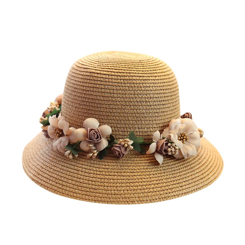 2018 Wide Brim Beach Summer Sun Hats For Women Chapeu Feminino Flower  Wreath Female Straw Hats Foldable Beach Caps Vacation Beach Hats Sun Hats  For Women ... e289d040d00
