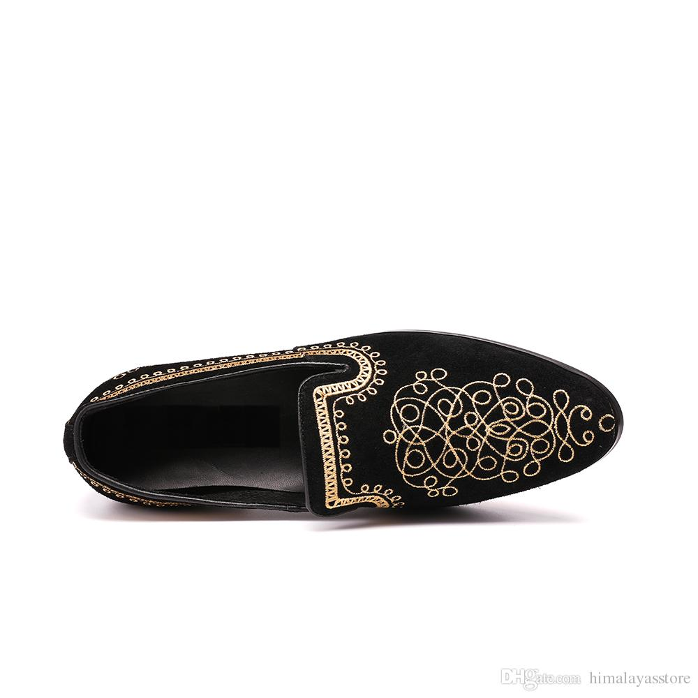 2018 Fashion Luxurious Handmade Embroidered Men Velvet Loafer Slippers Men Wedding and Party Shoes Plus Size