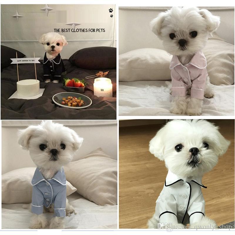 Compre Pequeno Cão Suprimentos Vestuário V Segredo Pet Filhote De Cachorro  Pijama Botão Preto Branco Azul Rosa Roupas Poodle Bichon Frise Bulldog  Camisas ... 4842b927ce9e0