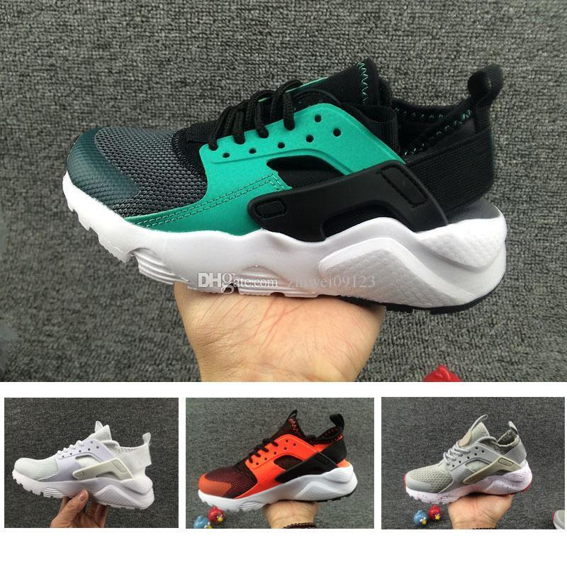 online retailer 22ec9 f5447 Großhandel Nike Air Huarache 1 3 4 Schöne Air Huarache Ultra Laufschuhe  Große Kinder Jungen Und Mädchen Schwarz Weiß Air Huaraches Huraches Sport  Turnschuhe ...