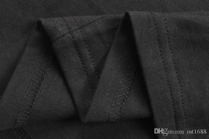 2018 جديد أزياء العلامة التجارية الراقية الرجال القطن جولة الرقبة قصيرة الأكمام تي شيرت الرجال عارضة العنق الكلب قلادة طباعة القمصان