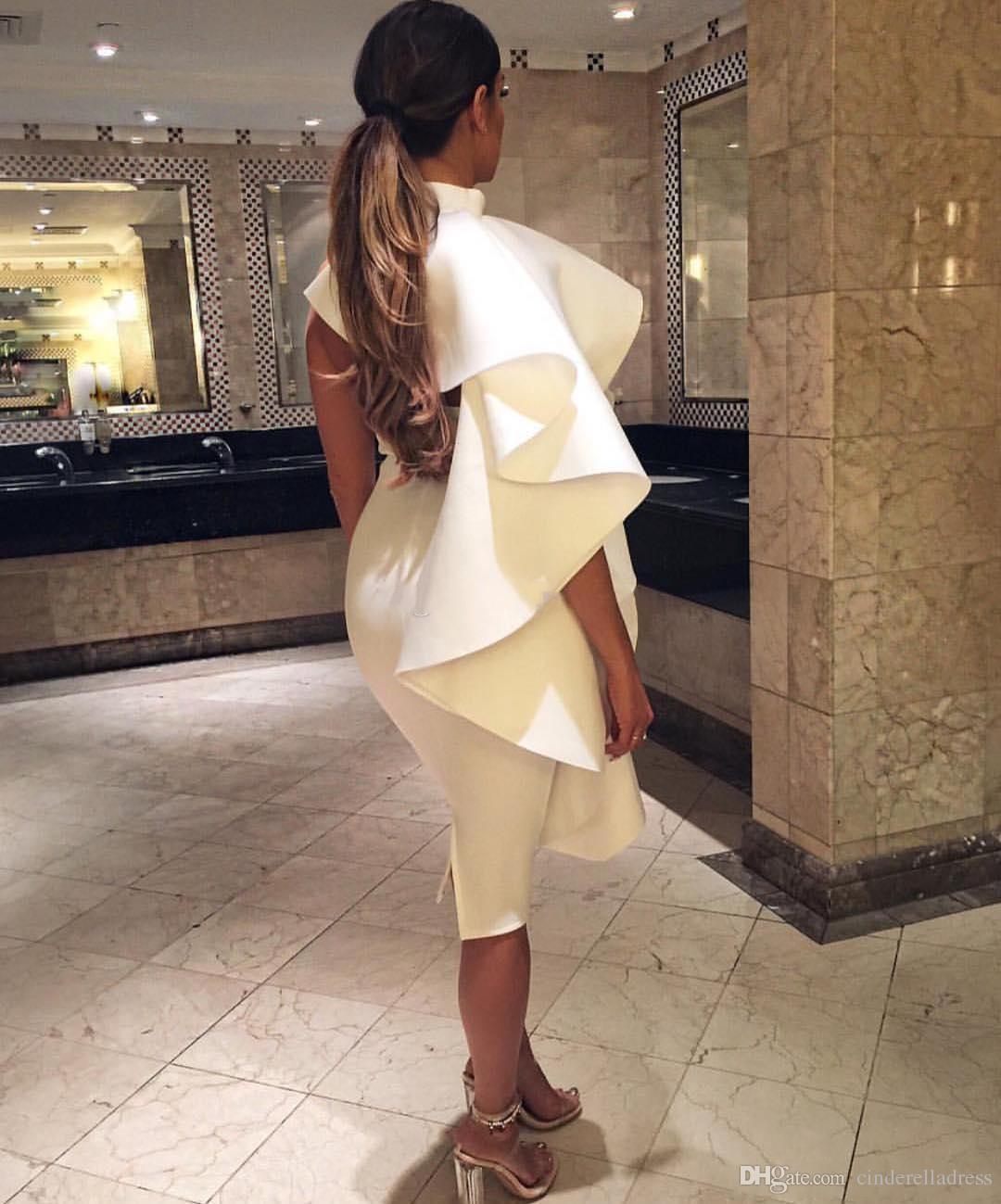 2018 Sexy White Short Plus Size Cocktail Dresses Jewel Neck Cascading Ruffles Tea Length Back Split Backless Formal Party Cheap Dress