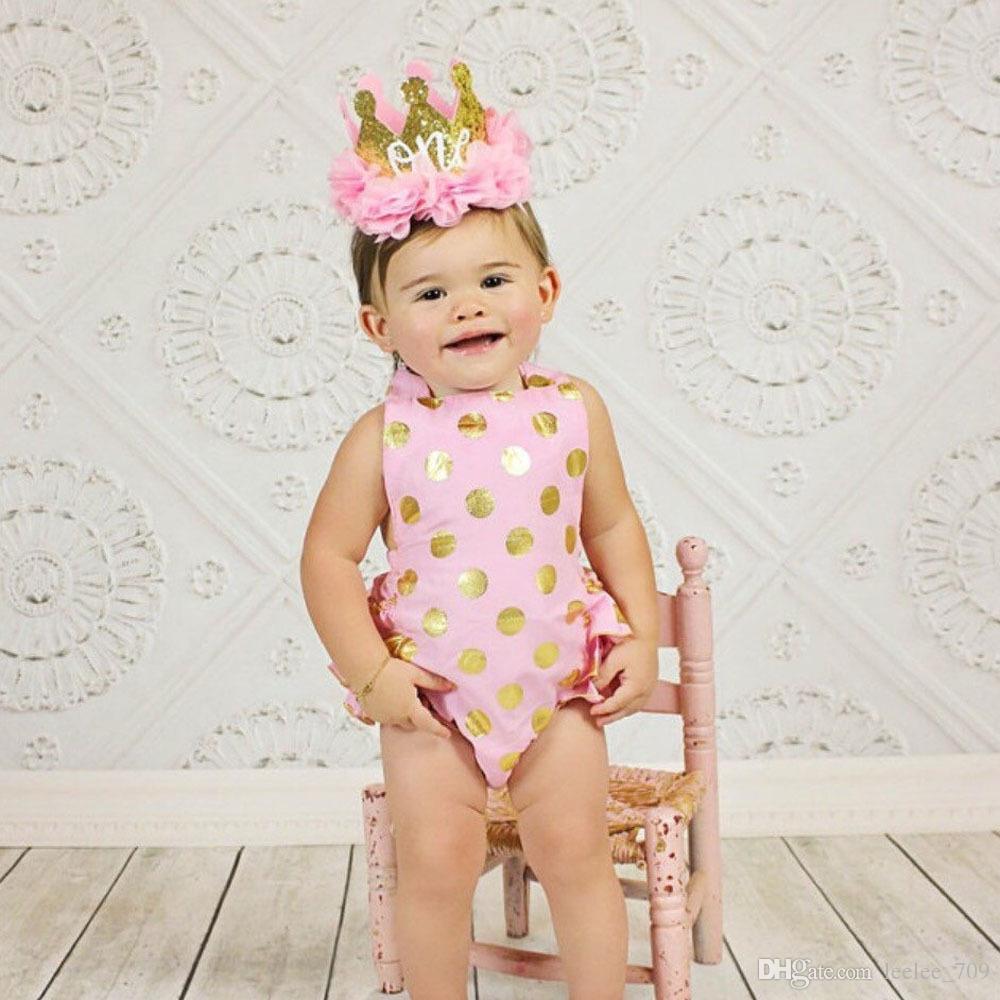 Goldkrone-Geburtstagsfeier-Versorgungsmaterialien des Babys 2018 Babystirnbänder für Mädchen-Chiffon- Blumenhauptband scherzen rosa Haarzusätze ein Haarband mit zwei Buchstaben