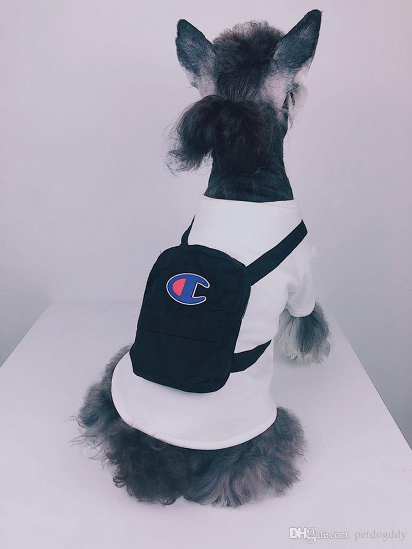 98d40ac82a6 2019 Fashion Pet Clothes With Bag Cute White Hoody Luxury Brand Designer  Dog Apparel With Bag Teddy Bulldog Schnauzer Apparel From Petdogddy