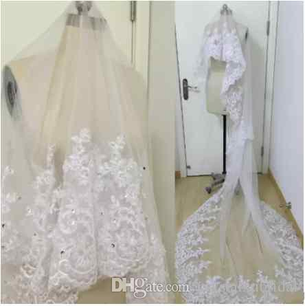 2018 Real Image Bridal Veils Wedding Hair Accessories White Ivory Long Crystal Beaded Lace Tulle Cathedral Length 3 M Church Veil With Comb