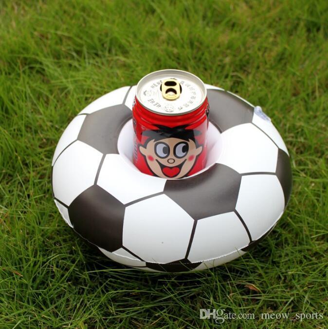 Fútbol inflable Bebida de vidrio Titular de la piscina Flotadores Titulares de copa Fútbol flotante Juguete Niños Fiesta de cumpleaños Piscina Juguetes para la playa