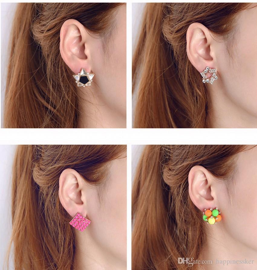 Calidad superior de fábrica al por mayor exquisitos pendientes de diamantes de moda coreana del todo fósforo pequeños pendientes de oreja Clip mezclado lote