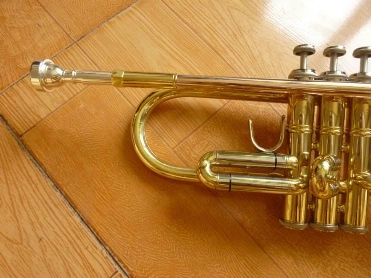 Henlucky TR-8333 Ağızlık ile Yüksek Kalite Trompet Profesyonel Performans Aletleri Bb B Düz Pirinç Altın Kaplama Trompet