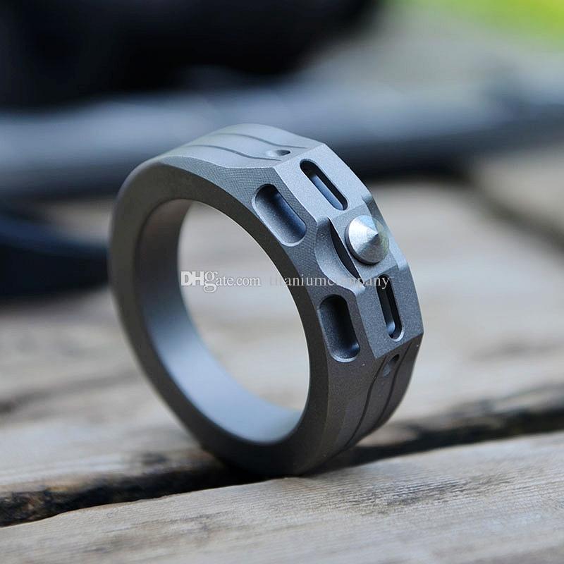 Titanio TC4 Anello 20mm / 22mm Diametro pietra lavata superficie 6g / 8g con tungsteno tallone emergenza martello EDC difesa personale Knuckle Duster
