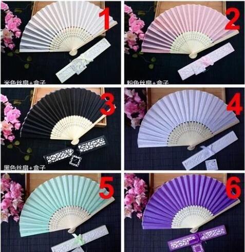 Fans de main en soie imitant chinois bon marché avec boîte Fan de mariage vierge pour les mariages de la mariée cadeaux d'invités par paquet