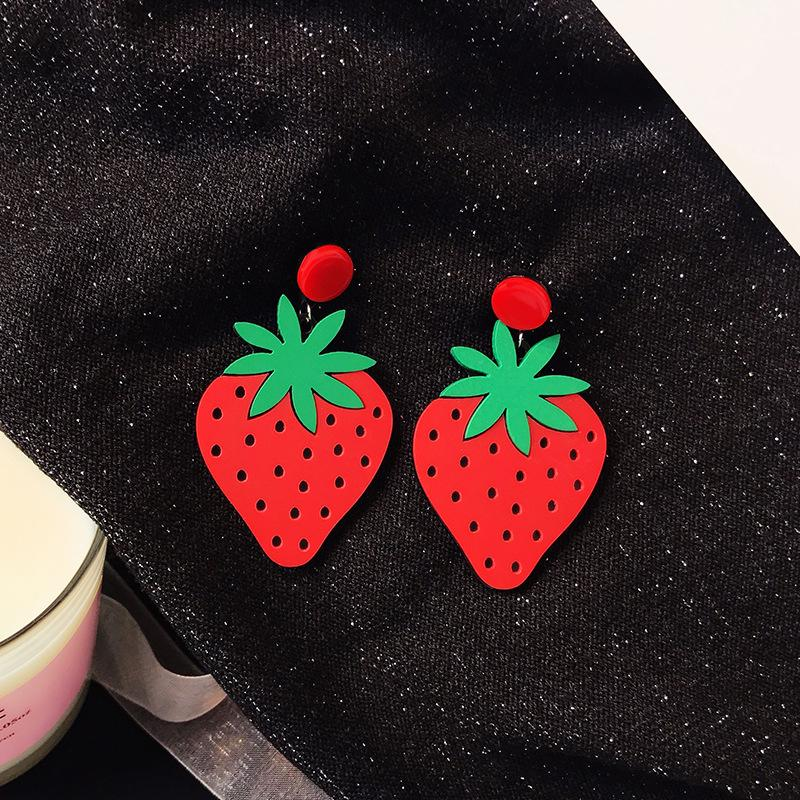 Big Red Strawberry Earrings Personality Acrylic Fruit Stud Earrings For Women Night Club Hip Hop Jewelry