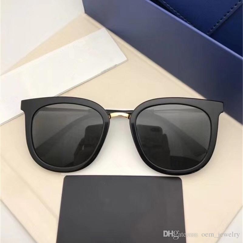b1d882cd5272a Compre 2018 Luxo Quadrados Shades Sungalsses Moda Polarizada Óculos De Sol  Para Homens Mulheres Uv400 Esportes Adumbral Óculos De Sol Hipster Marca  Óculos ...