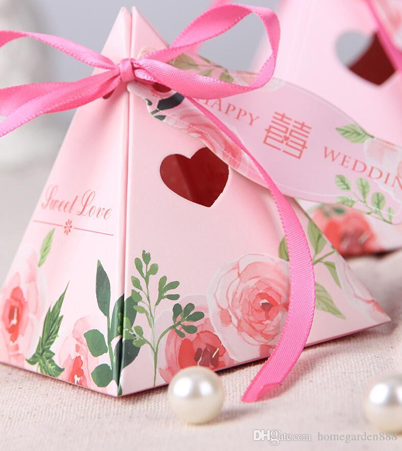 Creative Triangular Pyramid Wedding Favors Candy Boxes Bomboniera
