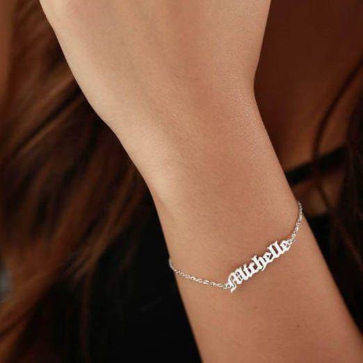 Jóias personalizadas Velho Inglês Nome Personalizado Pulseira Para As Mulheres de Ouro Pulseira Masculina Charm Bracelet Pulseira Armbanden Voor Vrouwen