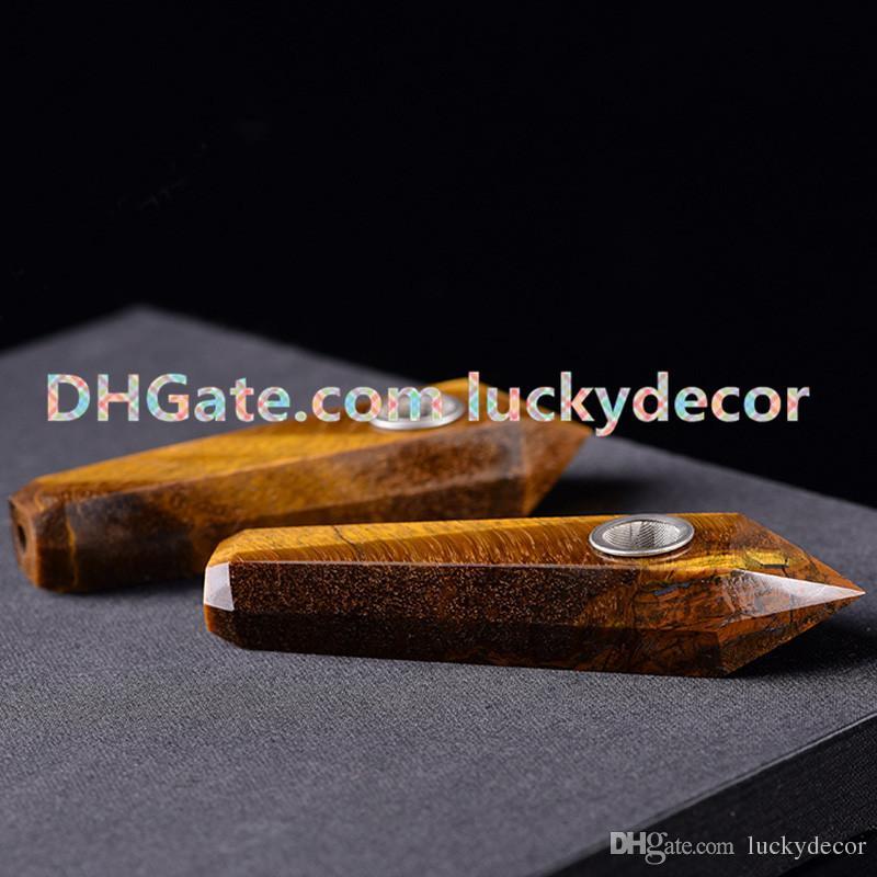 Natural Stone Tigers Eye Gemstone Pipa di fumo Esagono Point Giallo Semi preziosa Gemma bacchetta di cristallo W / Carb Hole Girly Pipe con filtro metallico