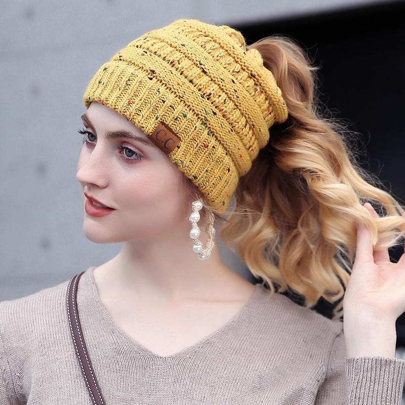 CC punto punto Beanie sombreros de invierno para las mujeres Stretch  Crochet Knit sombreros gorras Skullies gorros suave cálido Ski Cap Ladies  gorro ... 0fc0a90aca3