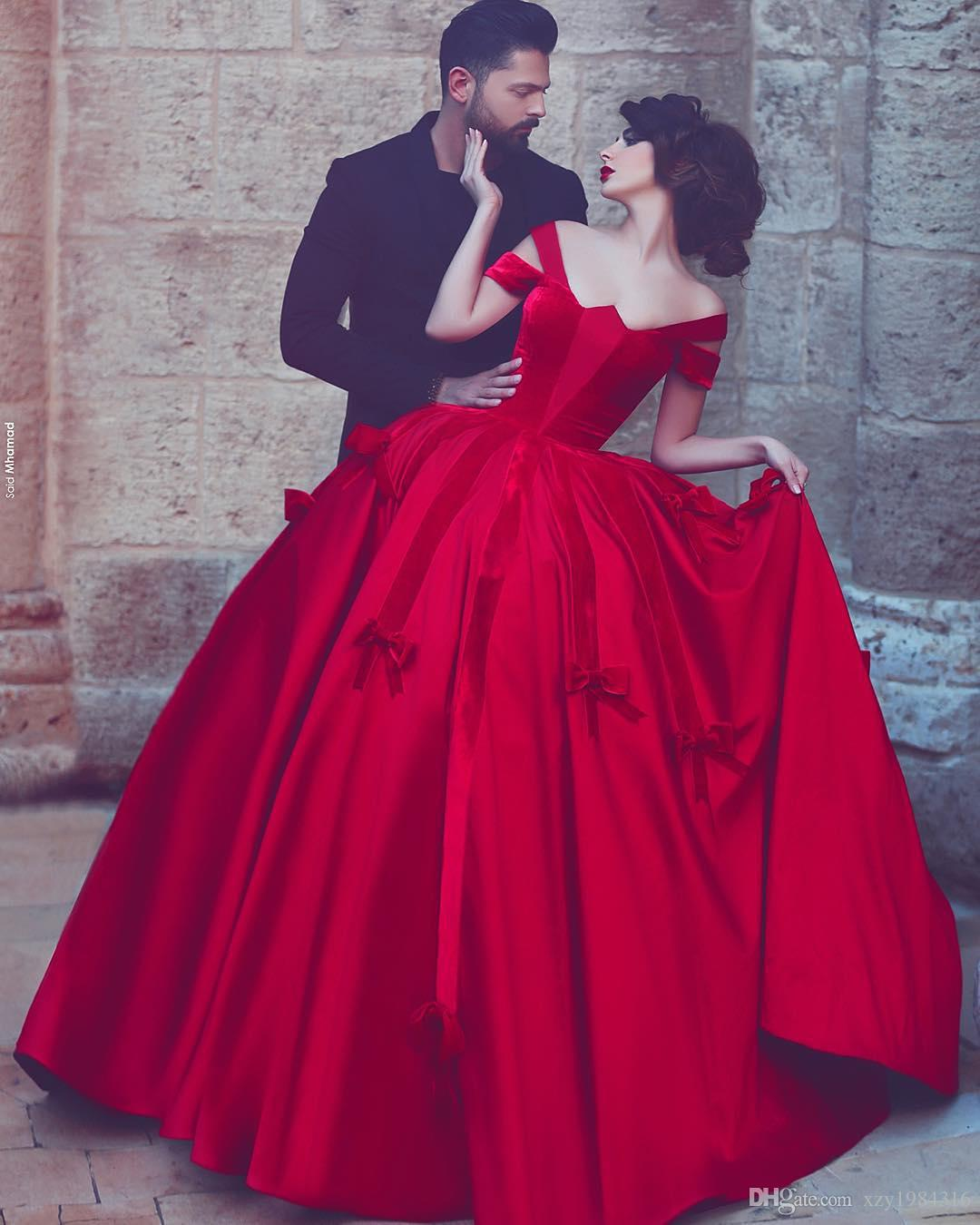 Fashion Red Dubai Prom Dress With Bows Sexy Off Shoulder Short Sleeves Zipper Back Party Dress 2018 Elegant Satin Long Evening Prom Dresses