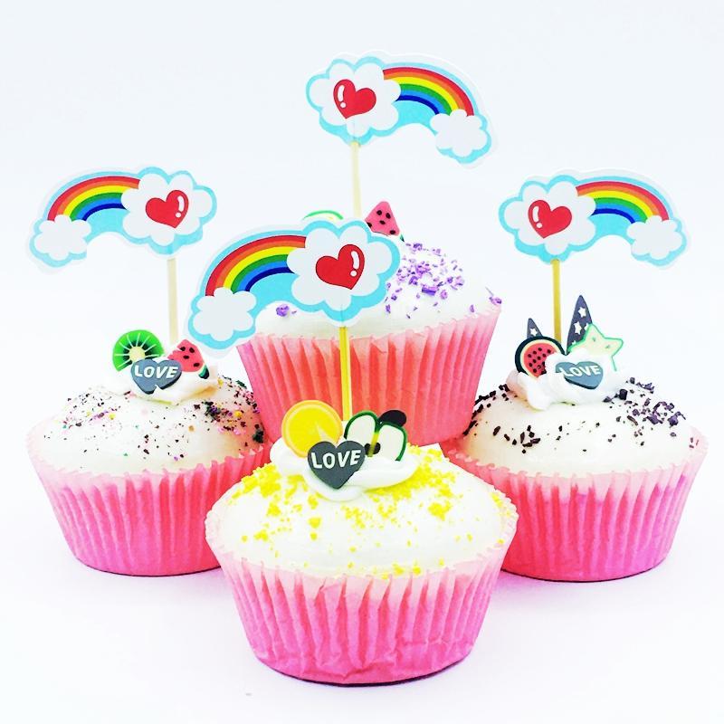 c4b30e7c2417c Compre 720 Unids Multicolor Arco Iris Blanco Nube Rojo Amor Corazón Cupcake  Topper Baby Shower Fiesta De Cumpleaños De Los Niños Pastel De Bodas  Decoración ...