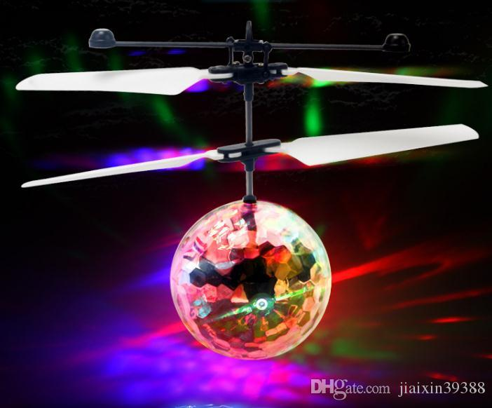 Light sensing small yellow aircraft flying remote control aircraft stalls selling new exotic children's toys