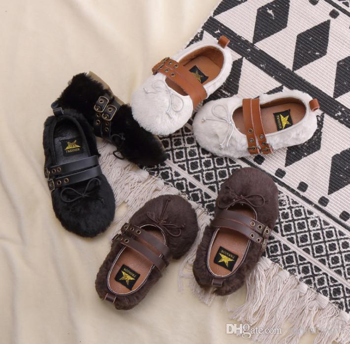 5cb9cebb Compre Niñas Zapatos De Piel Sintética Moda Niños Con Cordones Arcos  Princesa Zapatos De Invierno Niños Hebillas De Metal Al Aire Libre Zapatos  Planos Niñas ...