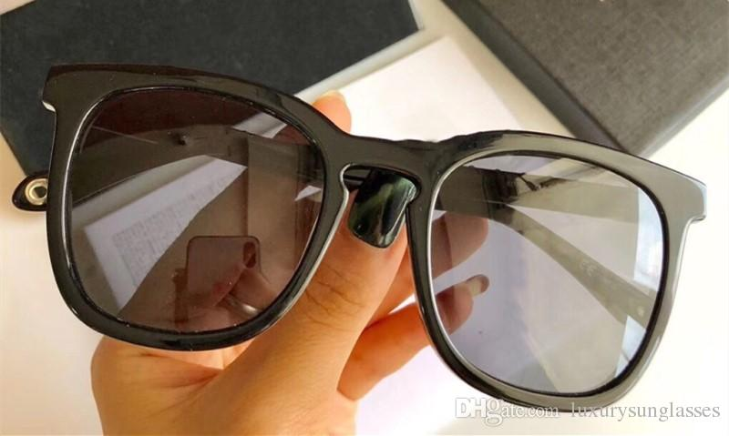 61322ac0a1 7070 Luxury Sunglasses For Men Women Designer Letters Metal Legs ...