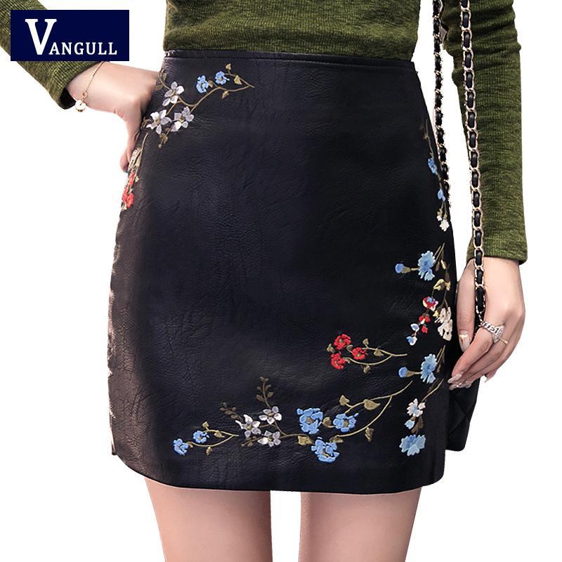 Compre Vangull Otoño Mujeres Falda Mujeres Bordado De Cuero De LA PU  Cremallera Mini Falda 2018 Nueva Marca De Moda De Las Mujeres Lápiz Faldas  De La ... 32646f5a86db