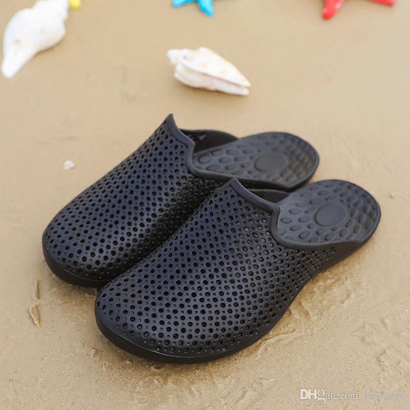 Freies Verschiffen-spezieller VERKAUFS-blauer schwarzer Brown-Männer Strand-Sommer-Hausschuhe Flipflops Verbinden Sie Badeschuhe der Badeschuhe im Freien, die Flip-Flops