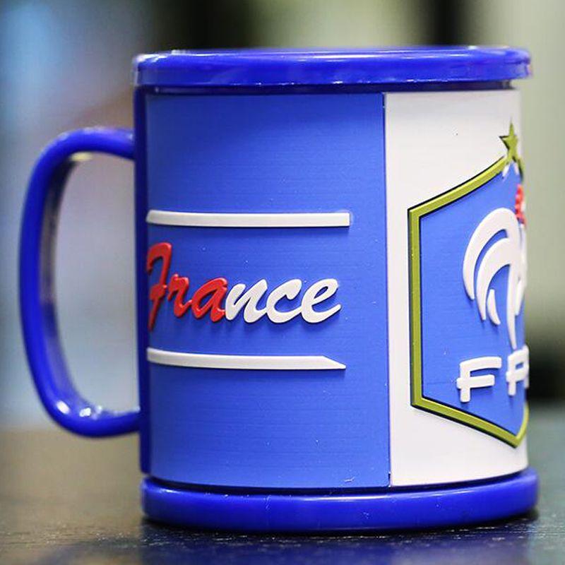Rusia Copa del mundo Tazas Bandera nacional Taza de fútbol Bebida de agua Taza de café Plástico PVC saludable Té Taza de leche con mango Hidratación