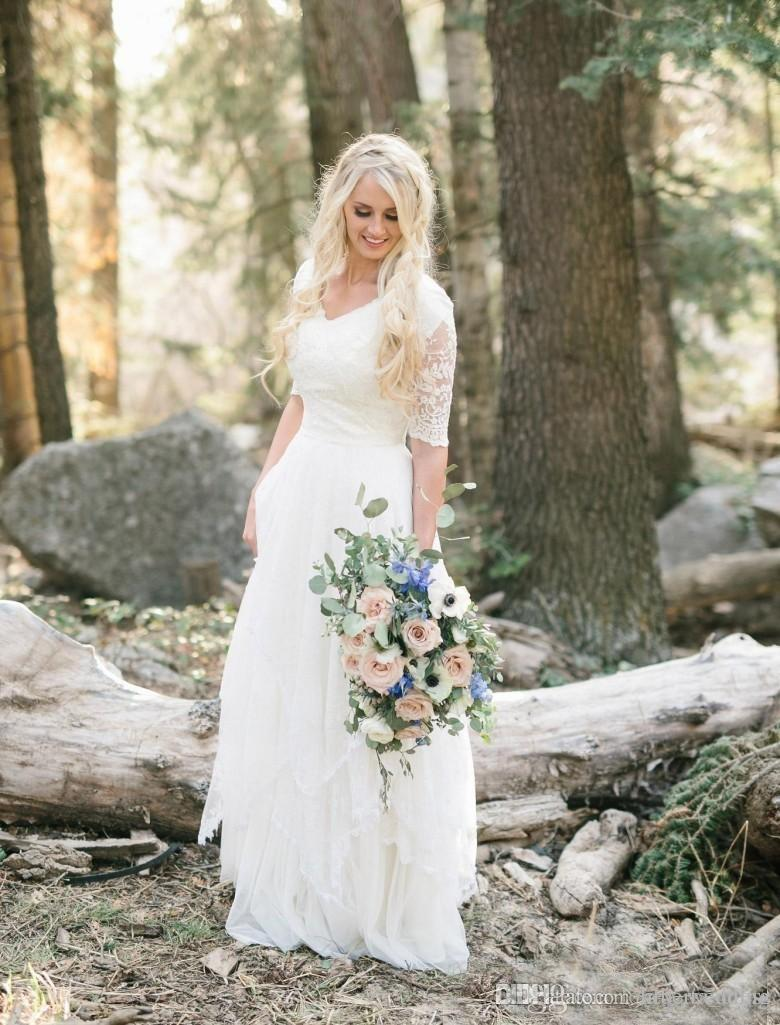 2019 Country Bohemian Wedding Dresses Cheap Lace Modest V Neck Half Sleeves Long Bridal Gowns Plus Size Garden Forest