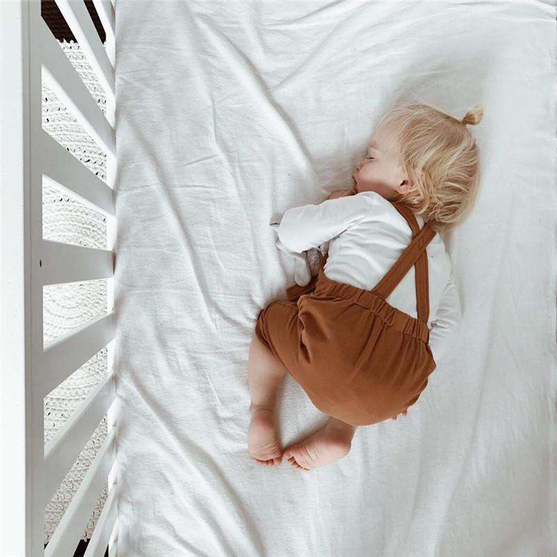 2018 Nova Primavera Criança Macacão Bebê Suspender Calças Sólidos Macacão Do Bebê Menino Verde / Marrom Meninas Bonitos Macacão Calças Para As Crianças