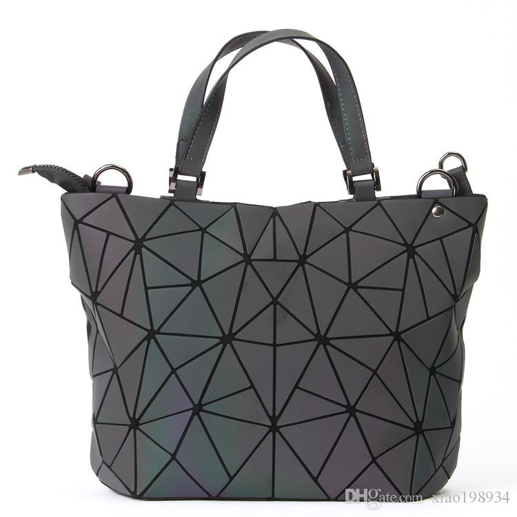 3f79764ed5 Maelove Luminous Bag Women Geometry Diamond Tote Quilted Shoulder ...